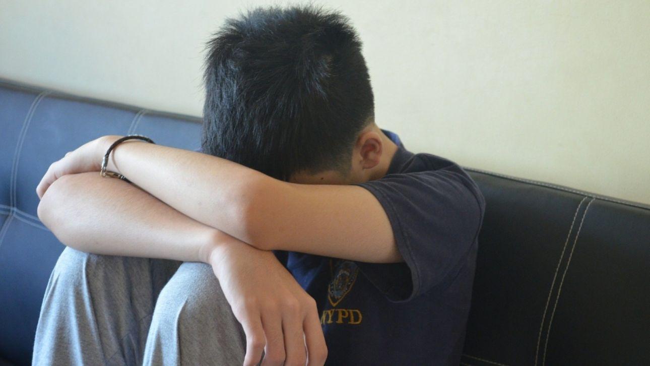 Новосибирского школьника избили из-за отказа снять брекеты