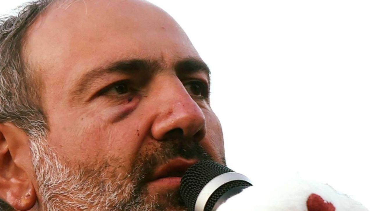 Премьер-министр Армении заявил о попытке госпереворота