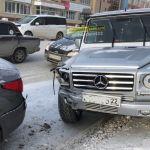 Появились подробности ДТП с геликом у торгового центра Барнаула