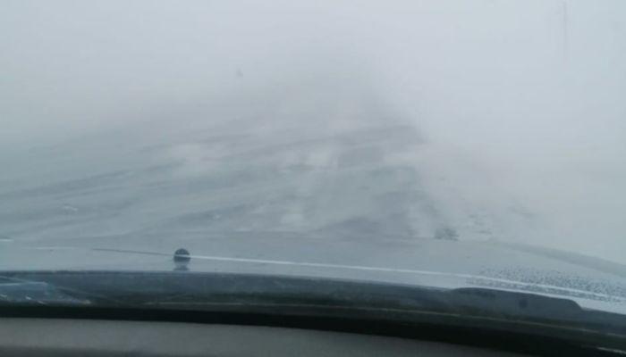 Трассу в Алтайском крае закрыли из-за нулевой видимости