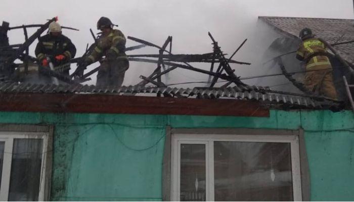 Пожарные спасли ребенка из горящего дома в Новоалтайске