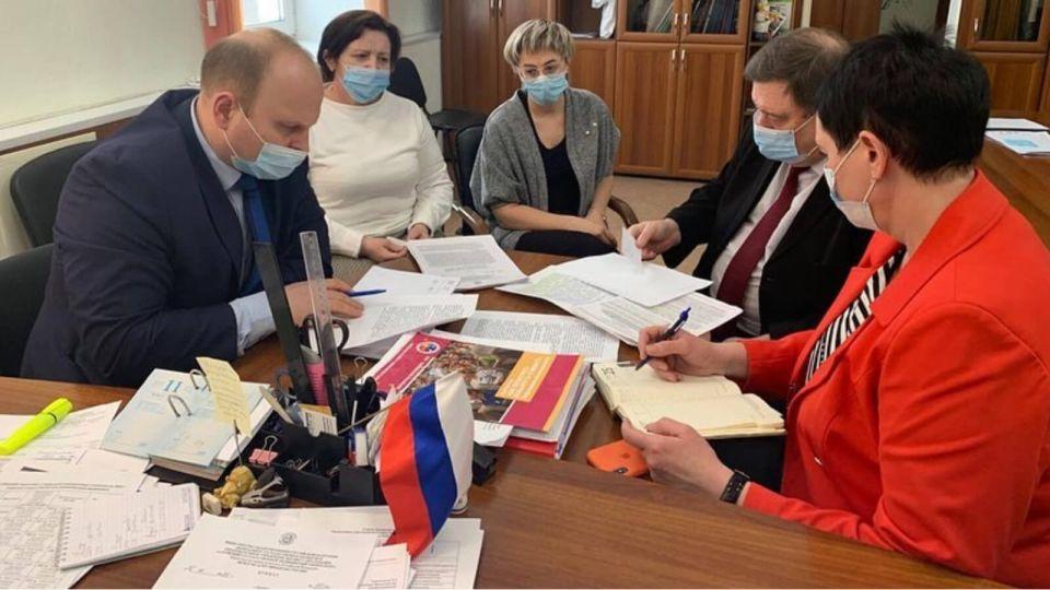 """В АГМУ опровергли невыплату студентам-медикам """"ковидных"""" денег"""