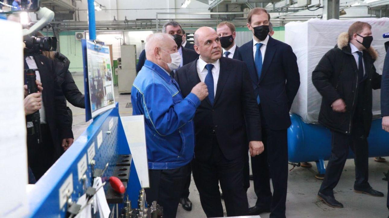 Михаил Мишустин пообещал сохранить две меры поддержки машиностроителям