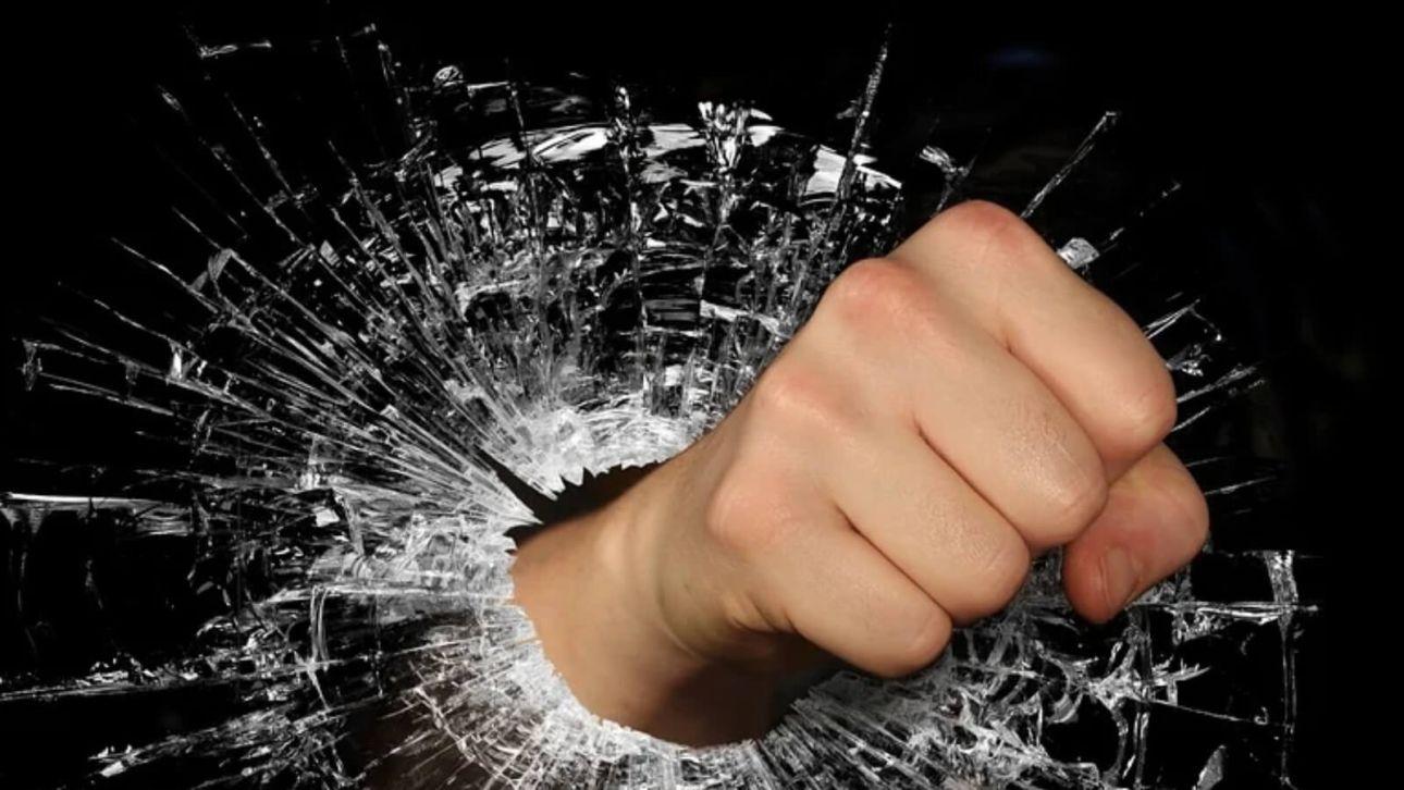 """""""Втроем пинали ногами"""": рубцовские подростки жестоко избили одноклассника"""