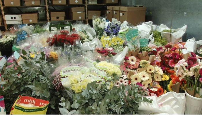 Советы флориста: как выбрать букет, ухаживать за ним и чем опасны вредители