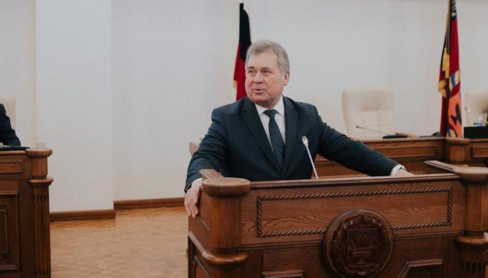 Председатель АКЗС посвятил стих женщинам Алтайского края