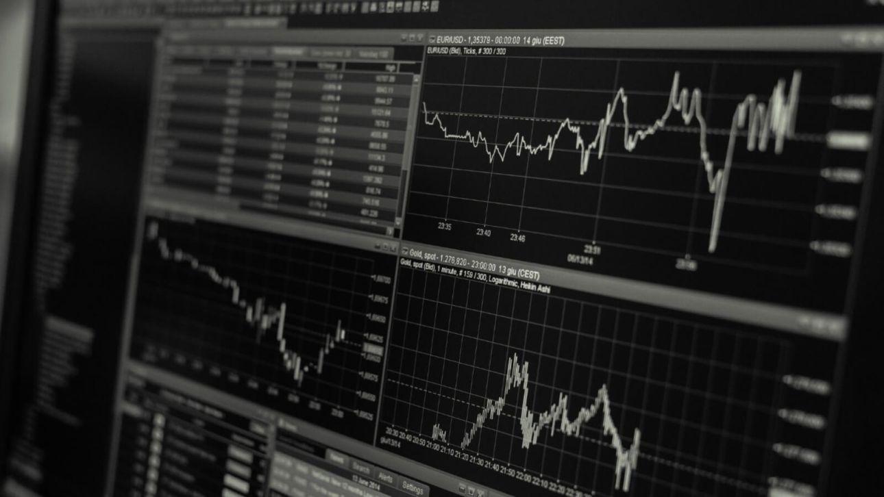 Подборки топ-10 акций ВТБ Капитал Инвестиции значительно обогнали свои бенчмарки