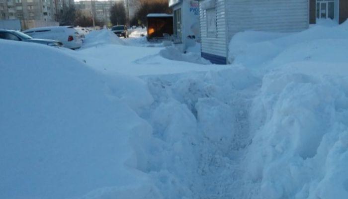 В Сибири 11-летний мальчик погиб, прыгнув в сугроб