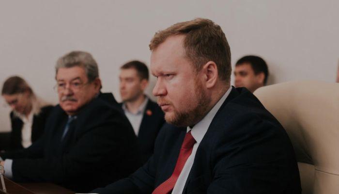 Глава крайсовпрофа: как рисуют зарплату алтайским бюджетникам