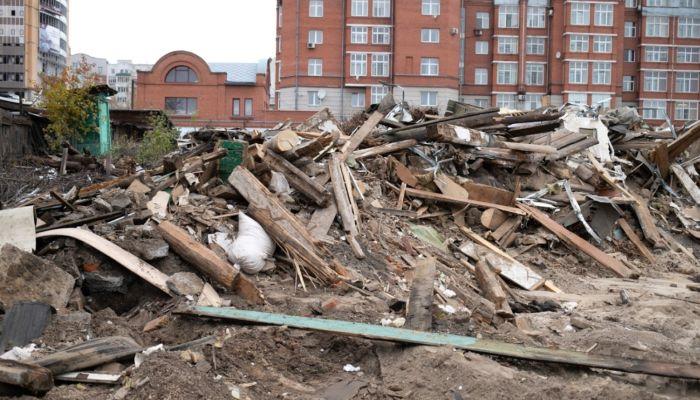 Кто и куда везет на Алтае строительный мусор и что нужно менять уже сейчас