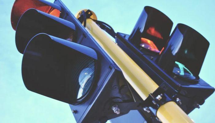 В Барнауле отключили светофоры на оживленном перекрестке
