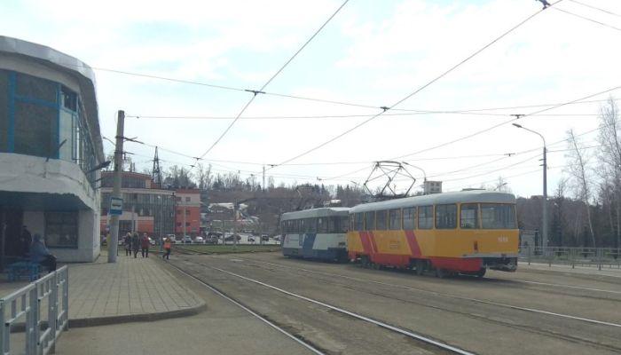 Подержанные трамваи из Москвы в Барнаул доставит местный бизнесмен