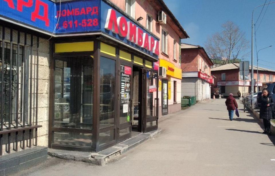"""Магазины, рынки и торговые центры заработали в Барнауле вопреки """"карантину"""""""