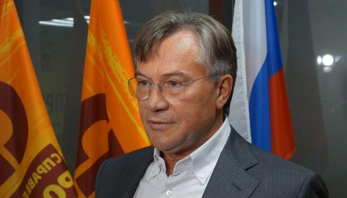 Алтайский депутат объяснил смех на послании Путина