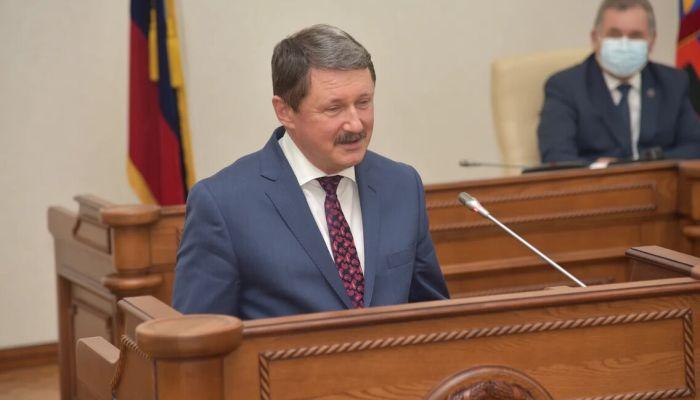 На 2,7 тысяч сократилось число предпринимателей в Алтайском крае за год