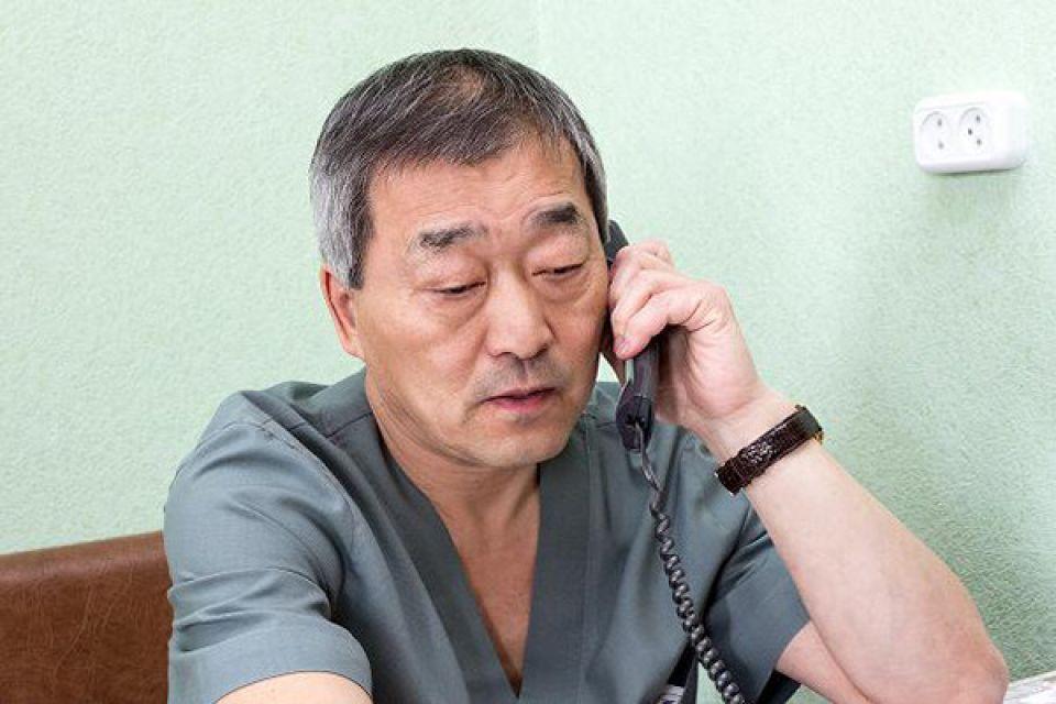 """""""Все, надо уходить"""": врачи Алтая рассказали, как COVID-19 повлиял на профессию"""