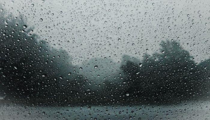 Дождь с мокрым снегом прервет волну тепла 13 апреля в Алтайском крае