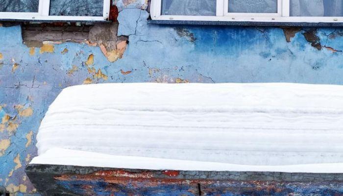 7,8 тысяч человек расселят из аварийных домов в Алтайском крае