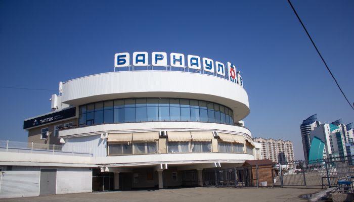Кассу и причал Речного вокзала Барнаула оставят на прежнем месте
