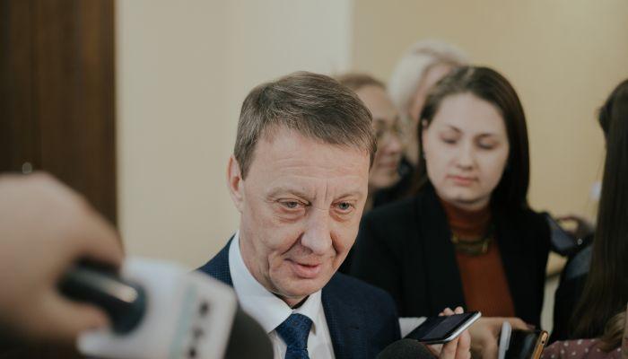 Тяжёлый год: депутаты и чиновники о работе мэра Барнаула Вячеслава Франка