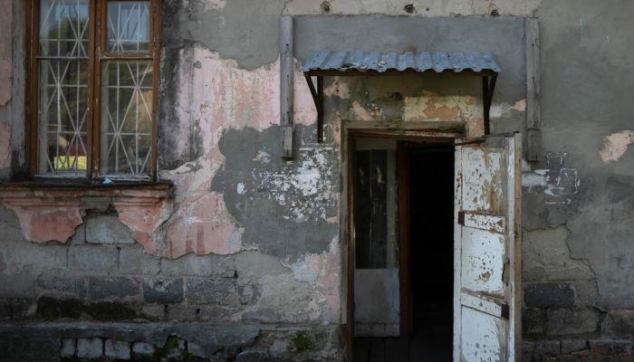 Мэрия Барнаула расселит аварийную двухэтажку на Потоке