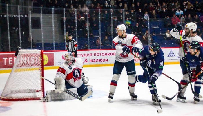 Зубодробительные игры: хоккеисты Динамо-Алтай начали поход за Кубком Федерации