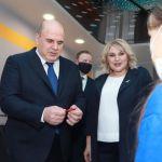 Путин наградил учителя барнаульской школы, в которую приезжал Мишустин