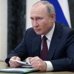 Путин сможет избираться президентом еще два срока