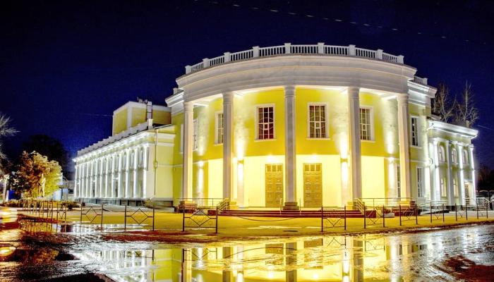 В Рубцовске затопило отремонтированный за 175 млн рублей драмтеатр
