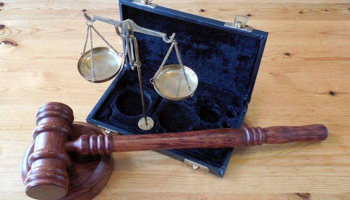 Ты следующая: обвиняемый в убийстве из-за ссоры в чате угрожал свидетелю