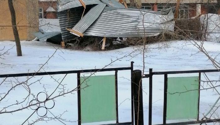 Минобр: крышу колледжа в Бийске восстановят в кратчайшие сроки