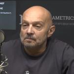 Журналист и основатель группы Звуки Му Александр Липницкий утонул в реке