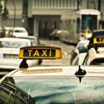 В России услуги такси могут подорожать из-за роста цен на бензин