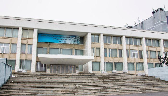 Почему дворцы и дома культуры в Барнауле приходят в плачевное состояние