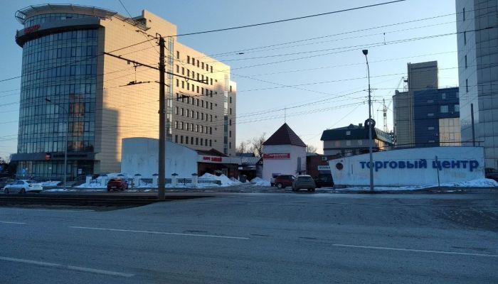 Вместо магазина Мария-Ра в центре Барнаула неожиданно построят жилой дом