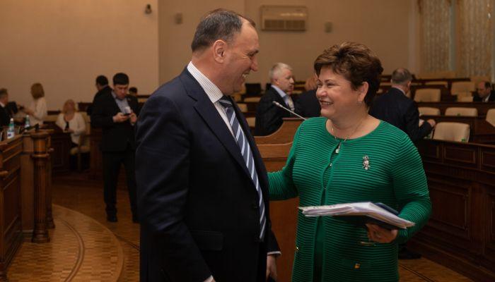 Единая Россия приостановит членство Стеллы Штань
