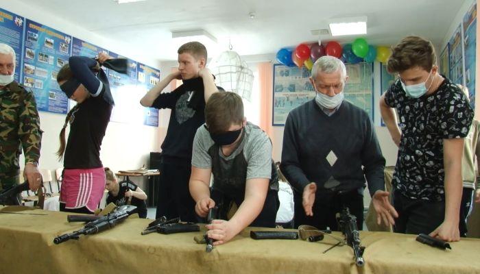 Директора детского центра в Славгороде погнали с должности