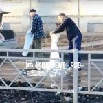 Терпение лопнуло: в Рубцовске автомобилист заделал гигантскую яму на дороге
