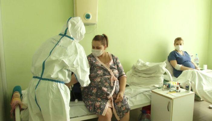 Коронавирус и беременность: как в Барнауле проходят роды в красной зоне