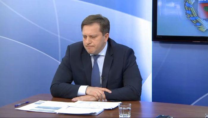 Алтайского министра наградили за борьбу с COVID-19: согласны не все