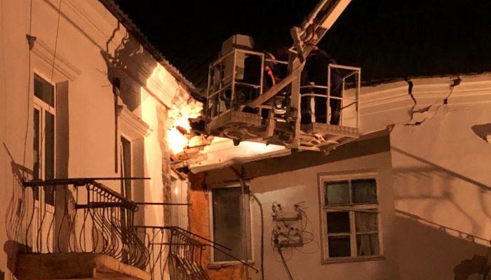 55 жильцов многоквартирного дома эвакуировали в Барнауле из-за угрозы обрушения