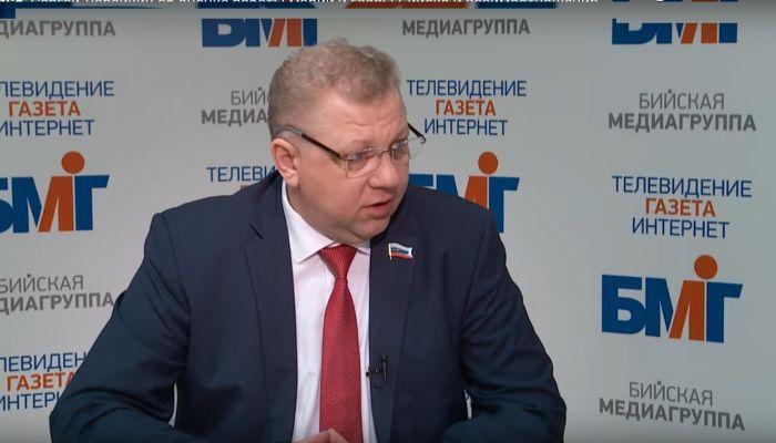 Председатель думы Бийска не откажется от критики Студеникина после его камбэка