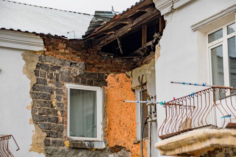 """Аварийный дом на ул. 1-я Западная, 51 Фото:Виталий Барабаш, """"Толк"""""""