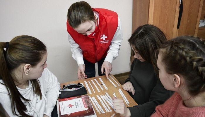 На Алтае начнут повышать медицинскую грамотность школьников