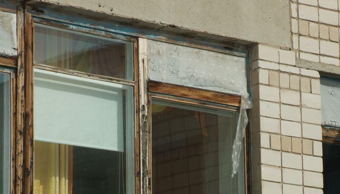 Удручающий вид: детская школа искусств в Яровом требует ремонта