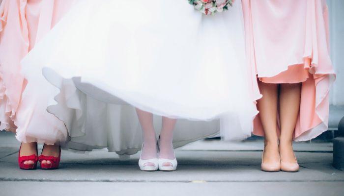 Эвелина Хромченко объяснила, как не стоит одеваться гостям на свадьбу