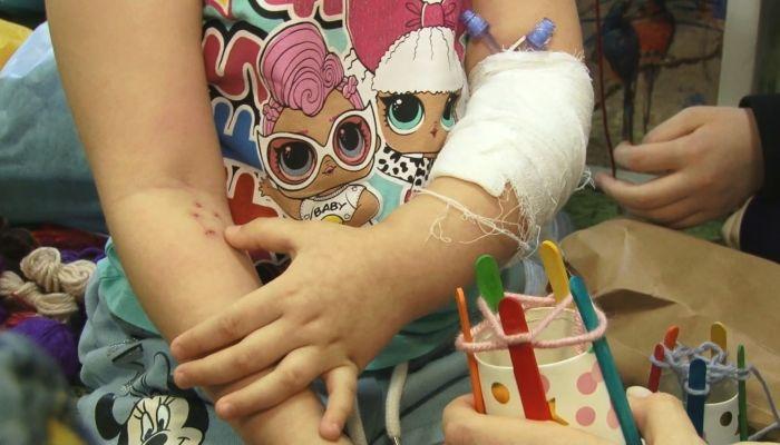 Как маленьким пациентам помогают отвлечься от лечения в больнице