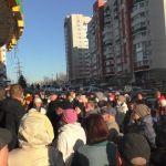 В Барнауле более 100 человек устроили сход против новостройки на Гущина