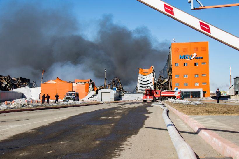 """После пожара на складе Фото:Виталий Барабаш, """"Толк"""""""