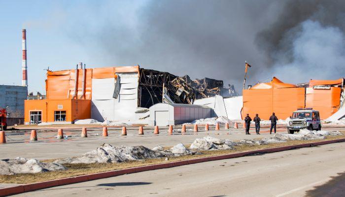 В Барнауле проверили состояние воздуха после масштабного пожара на складе